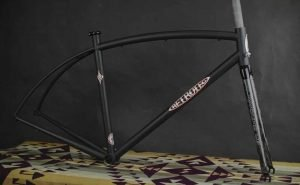 Retrotec Simworks custom bike frame featuring a carbon fiber Road X road fork made in the USA by Wound Up Composite Cycles